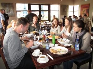 safari-group-lunch