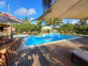 Pool Mozambeat